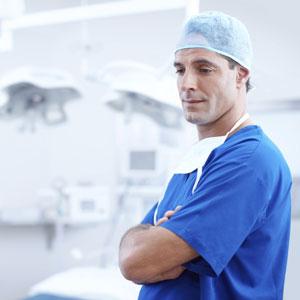 מנתח אף